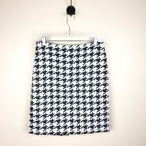 Banana Republic Houndstooth Skirt Size 8